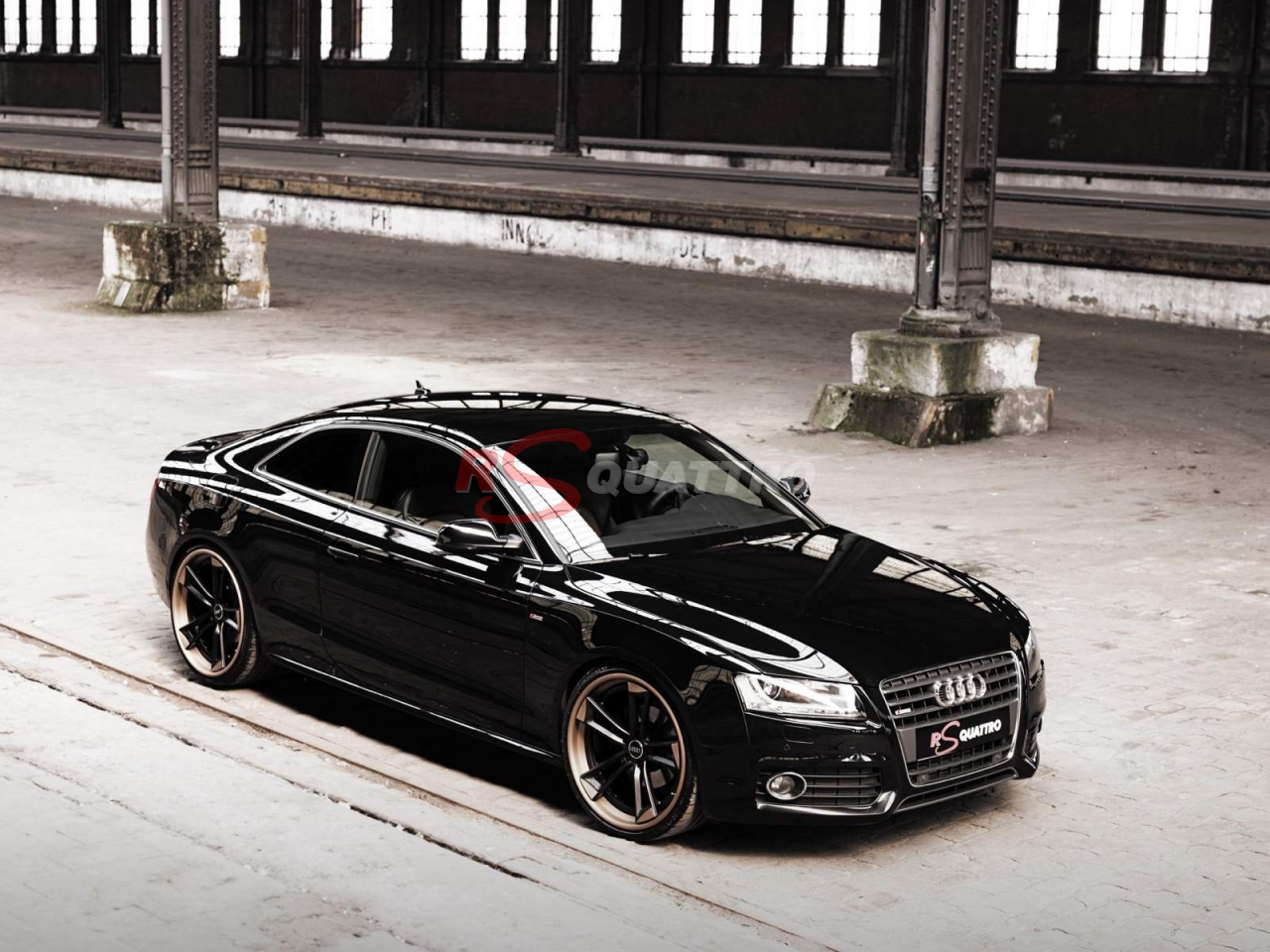 Audi A Coupé Black RSQUATTRO - Black audi a5